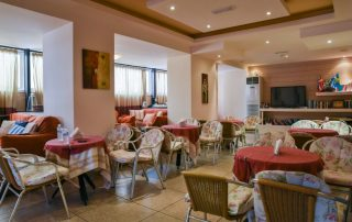 Guests can have breakfast served in their guest room, or at the snack bar. Later in the day, finger food, ice creams as well as coffee and drinks are served, while sports fans can enjoy the large-screen satellite TV. The reception is available 24 hours each day and can provide assistance with car rentals, tourist information and excursions arrangements. The Old Town and the Madraki Harbour are each a 10-minute walk. Amaryllis Hotel is only 1 km from the port, while the airport is 12 km away.